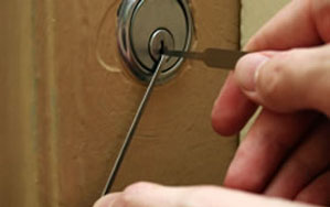 Door locks Swadlincote